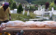 「因為生前很善良的福報」!母下葬15年「屍身沒腐爛」女兒嚇壞,墓園負責人:已超過100多歲...