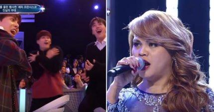 變性人參加韓國歌唱比賽節目「自己男女對唱」,當1:40轉換成女聲時「全部評審站起」利特也嚇壞
