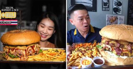 泰國推「6.5公斤巨無霸漢堡」料滿到掉出來 漢堡本體竟是人頭的2倍大!