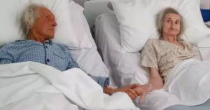 護士不捨「結髮62年老夫妻」將永別 「最後一次牽手」惹哭眾人