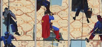 穿成超級英雄的洗窗工人