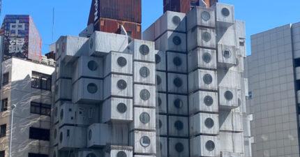 挑戰住「東京最怪異膠囊屋」1整月!房間「像太空艙」:浴缸、馬桶連成一體